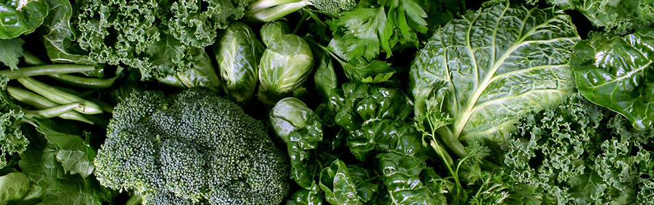 Green vegetables and dark leafy food